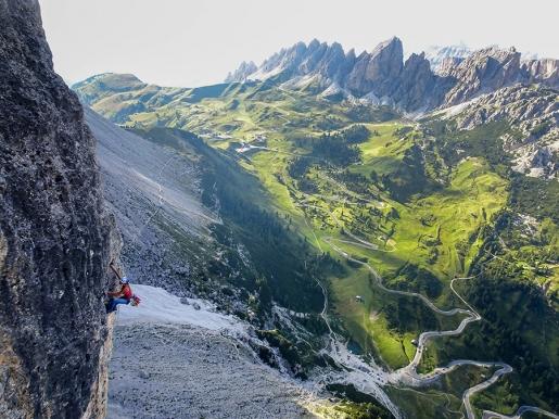 La Fisica, l'alpinismo e la letteratura: una via per la natura e la bellezza. Di Silvia Petroni