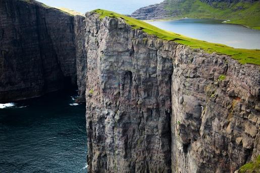 Yuji Hirayama, James Pearson, Cedar Wright e l'arrampicata alle Isole Faroe
