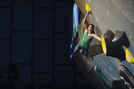 Anna Stöhr world champion climber retires from bouldering competitions