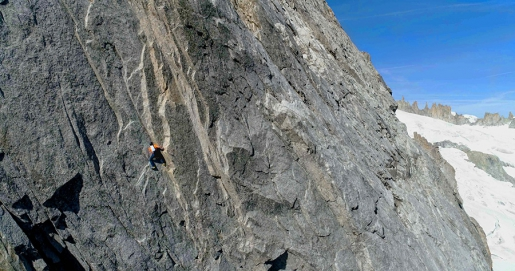 Dani Arnold climbs the Cassin route up Grandes Jorasses in 2 hours and 4 minutes