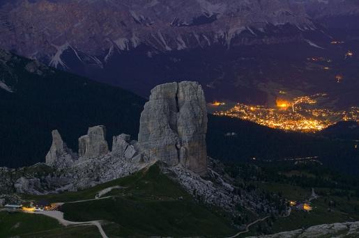 Le Cinque Torri, la scalata e il Delicious Climbing Dolomiti di Paolino Tassi