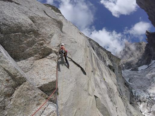 Federica Mingolla nel massiccio del Monte Bianco trova L'isola che non c'è