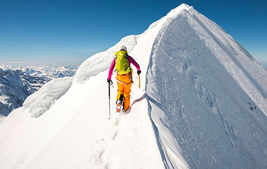 Liv Sansoz / Beyond climbing the 82 4000m peaks in the Alps