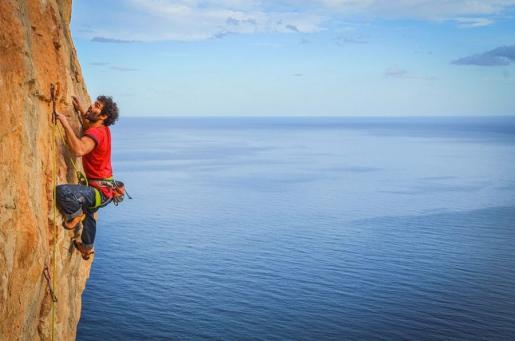 Filippo Manca, un climber unico come l'Ichnusaite della Sardegna