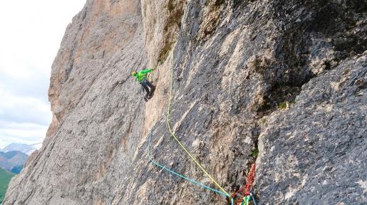 Parole Sante sul Sassolungo, nuova via d'arrampicata nelle Dolomiti