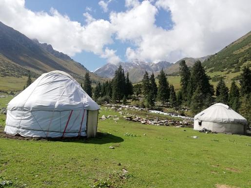 Kirghizistan: un trekking nel Tian Shan tra jailoo e ghiacciai