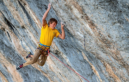 Alexander Megos frees Bibliographie at Céüse, the world's second 9c
