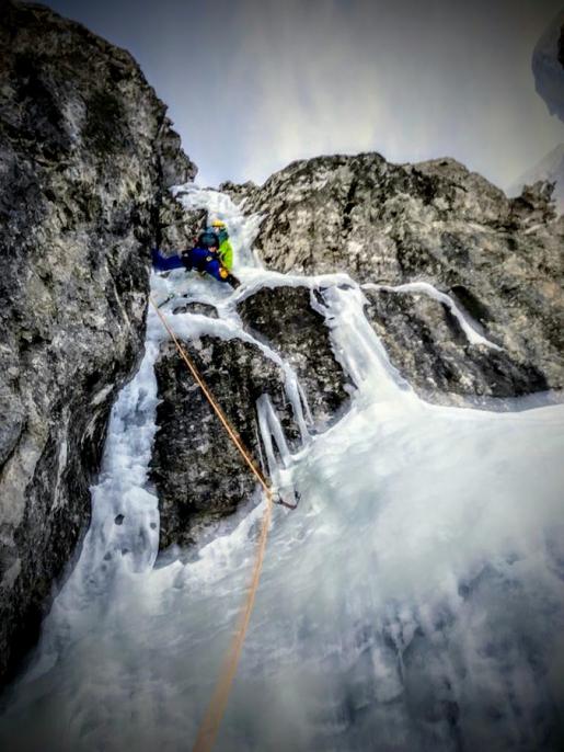 Zero Peones al Dente dei Camosci nelle Alpi Orobie Bergamasche