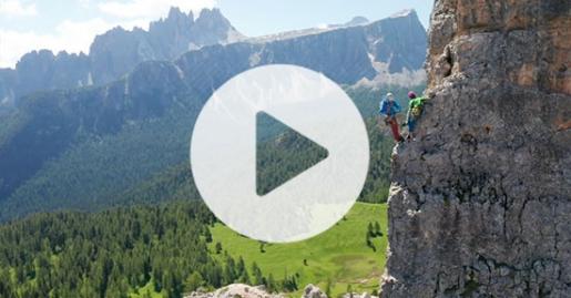 Mountain Stories di Nicola Tondini: la paraclimber Nicolle Boroni alle Cinque Torri