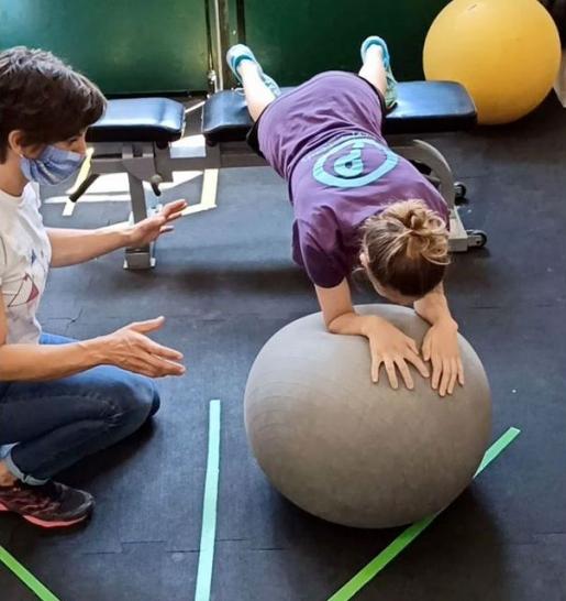 Arrampicata e fisioterapia: allenamento e prevenzione degli infortuni nei giovani climber