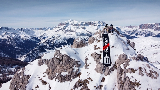 La Montagna merita rispetto: sul Settsass nelle Dolomiti la manifestazione contro nuovi impianti da sci