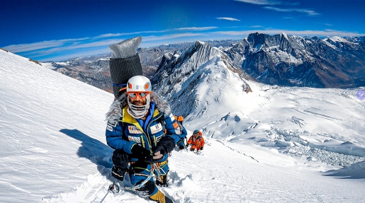 Alex Txikon, a Manaslu winter attempt and his mountaineering