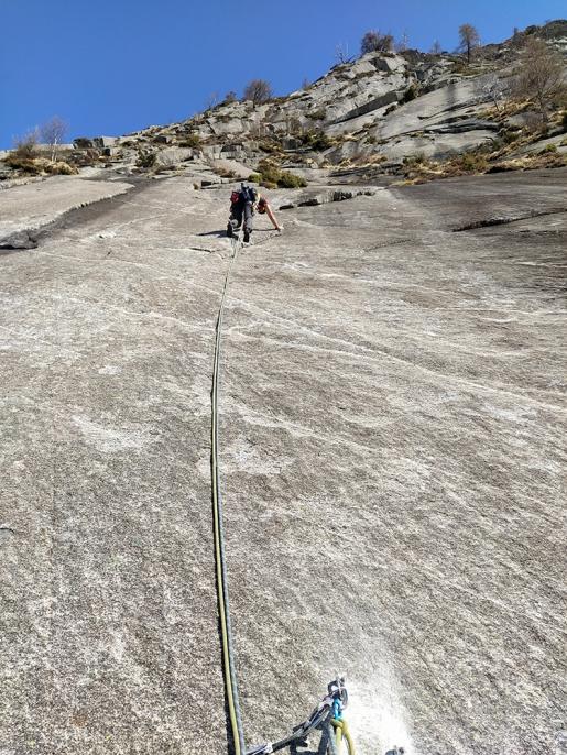 All'Orizzonte Perduto in Val Bodengo la nuova via d'arrampicata La Gobba dell'Elefante