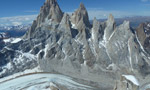 Jim Reynolds races up Fitz Roy in Patagonia solo