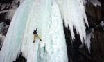 Ice climbing in Norvegia