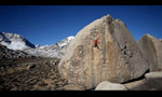 Bishop bouldering: Kevin Jorgeson frees Ambrosia at the Buttermilks