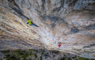 Sonnie Trotter libera Blue Jeans Direct a Mount Yamnuska in Canada