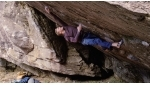 Bouldering video: Jakob Schubert climbing Bügeleisen Sit