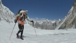 Ueli Steck dies in Everest accident