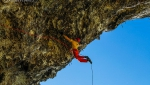 Filip Babicz frees Uragano Dorato, D15 dry tooling at Italy's Bus del Quai