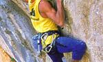 Pietro Dal Prà in arrampicata su Hotel Supramonte