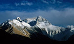 China closes Everest for 'cleanup' in spring 2009