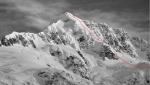 Prima invernale e prima discesa in sci del Cerro Pinuer in Valle Exploradores, Patagonia