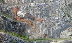 Pittura e arrampicata: performance di Mario Nebiolo e Manolo a Toirano
