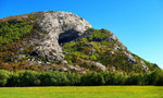 Magnus Midtbö and the Hanshellern crag in Flatanger, Norway