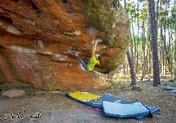 Michele Caminati, boulder a Albarracin, Spagna